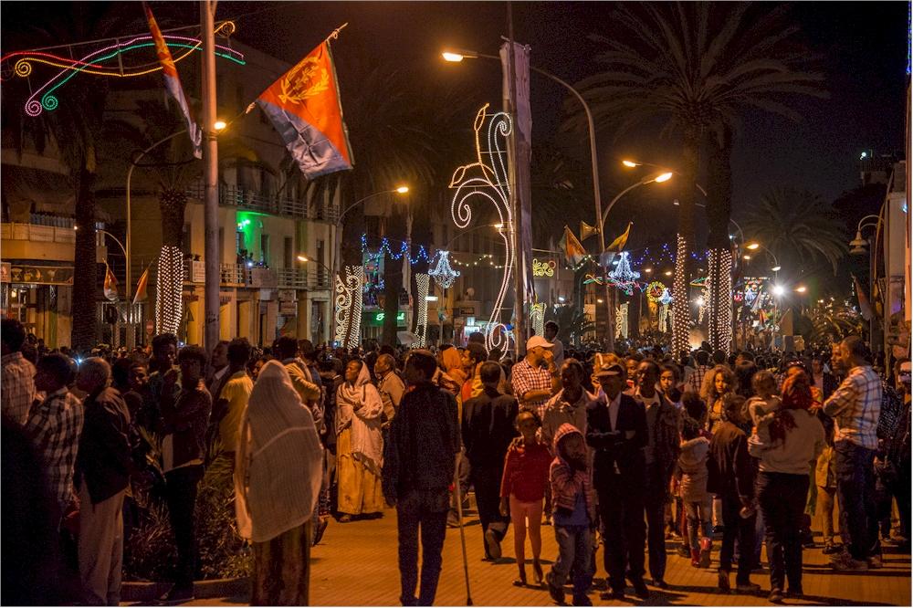 Anlässlich der Unabhängigkeitsfeier feierte die Bevölkerung bis tief in die Nacht hinein. (Foto: M. Zimmermann