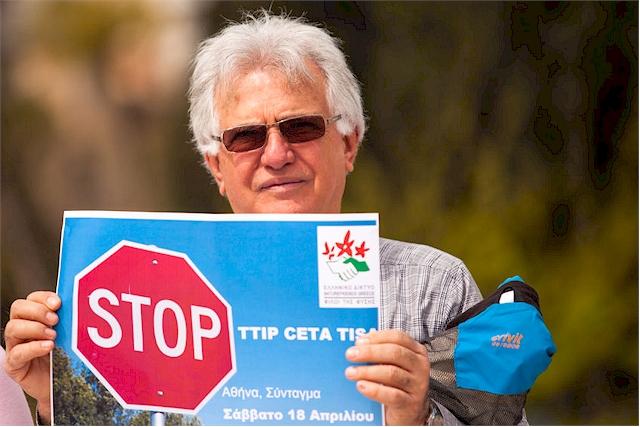 Die aktuelle Studie bekräftigt die Bedenken vieler Bürger hinsichtlich des Handelsabkommens CETA (Foto: dimaberkut / Clipdealer.de)
