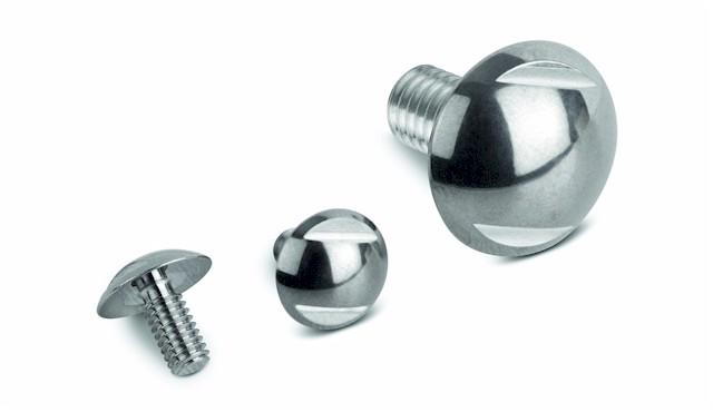 Kugelkopfschrauben der NovoNox KG werden in zwei Oberflächengüten geboten. (Foto: NovoNox)