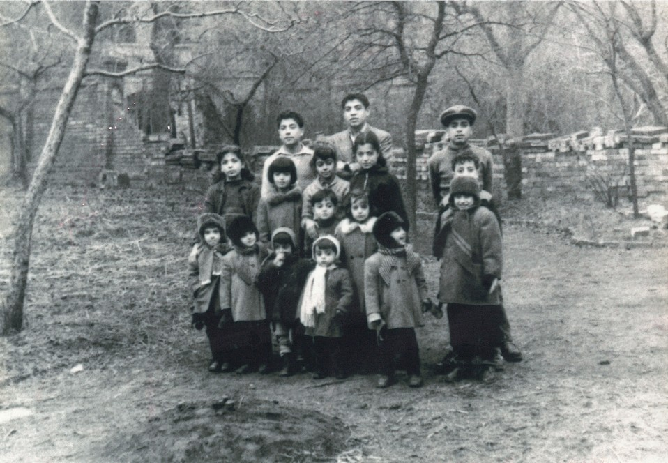 Flüchtlingskinder aus Persien 1958 in Halle (Foto © Yadegar Asisi)
