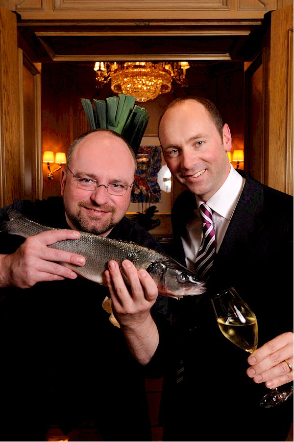 Küchenchef Christian Lohse und Hoteldirektor Stefan Athmann (Foto: Regent, Berlin)